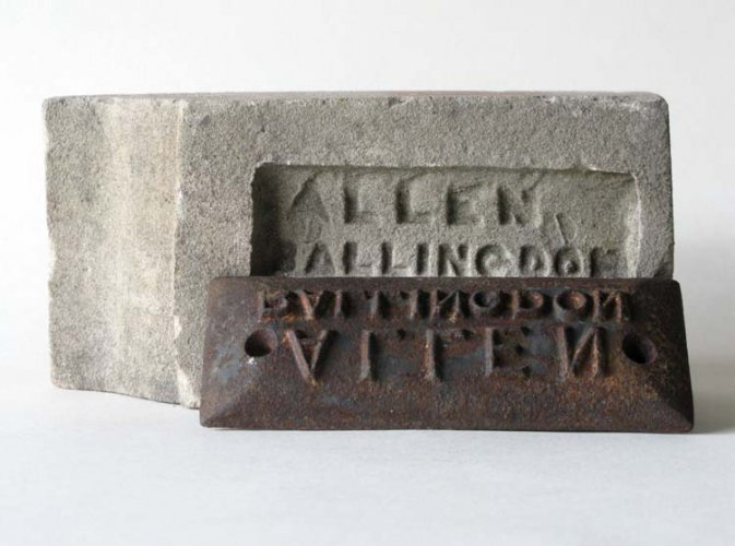 Allen's brick and frog mould